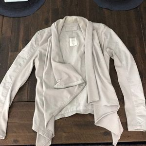 Blank NYC maternity jacket